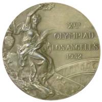 Летние Игры 1932 лицевая сторона медали