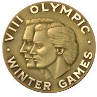 Зимние Игры 1960 лицевая сторона медали